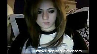 Novinha gostosa fica peladinha na web camera - www....