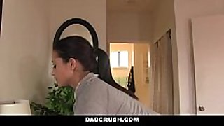 Dadcrush - sexy daughter brings dad breakfast i...