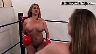 Big titty boxing vs bigger love milk cans boxing