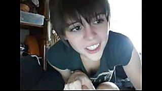 Teen juicy crack white babes short hair cute web camera flashing ha...