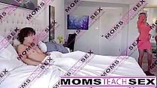 Moms educate sex - hawt mamma caught jerking off st...