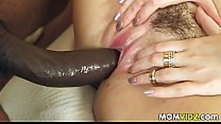 Stepmom jazmyn and paris lincoln acquire a fuck lesson