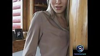 Lovely victoria swinger giving cook jerking and footj...