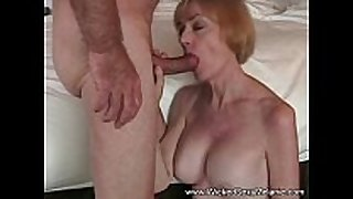 Fucking mama in the hotel room