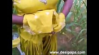 Indian punjabi bhabhi screwed in open fields mms