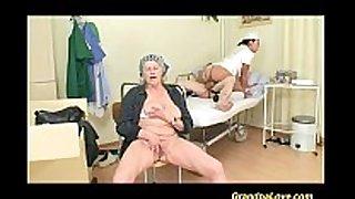 Grandpapa is drilled by hawt nurse