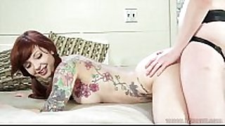 Ginger lesbo copulates tattooed redhead