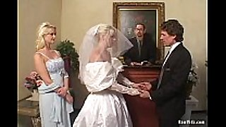 The bride double fellatio job stimulation job