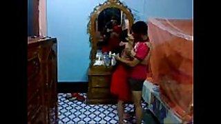 Honeymoon indian pair in their bedroom suckin...