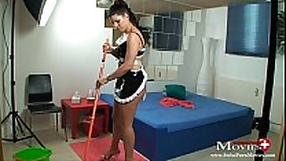 Maid amanda jane bonks hotel guest with wang juice r...