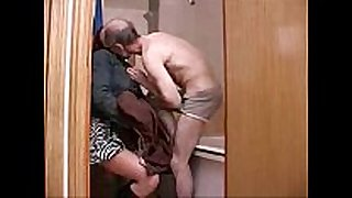 Old aged guy family sex with youthful daughter in b...