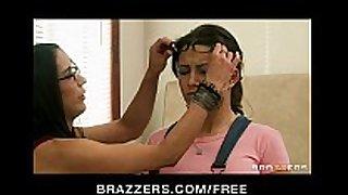 Hot dark brown hair hair hair hair girlfriend charity bangs has make-...