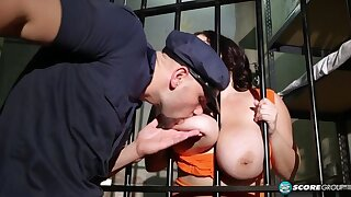Dark-haired BBW gets fucked hard in the prison cell