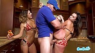 Kelsi monroe in pizza delivery man orgy